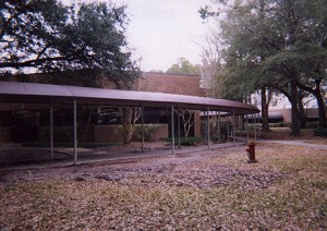 shade-awning-for-schools